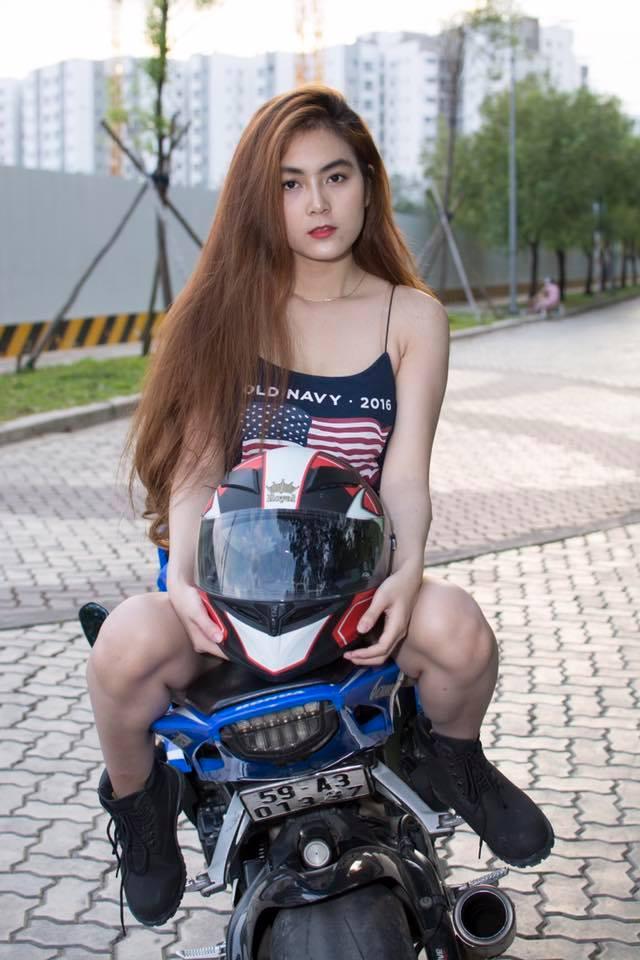 Royal Helmet Ha Noi Royal M138 tem do dap ung yeu cau cho moi dan choi moto thu thiet - 4