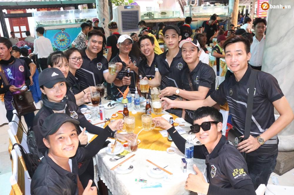 Hon 500 biker do ve Sai Gon mung Team Exciter Kien Vang tron I tuoi - 35