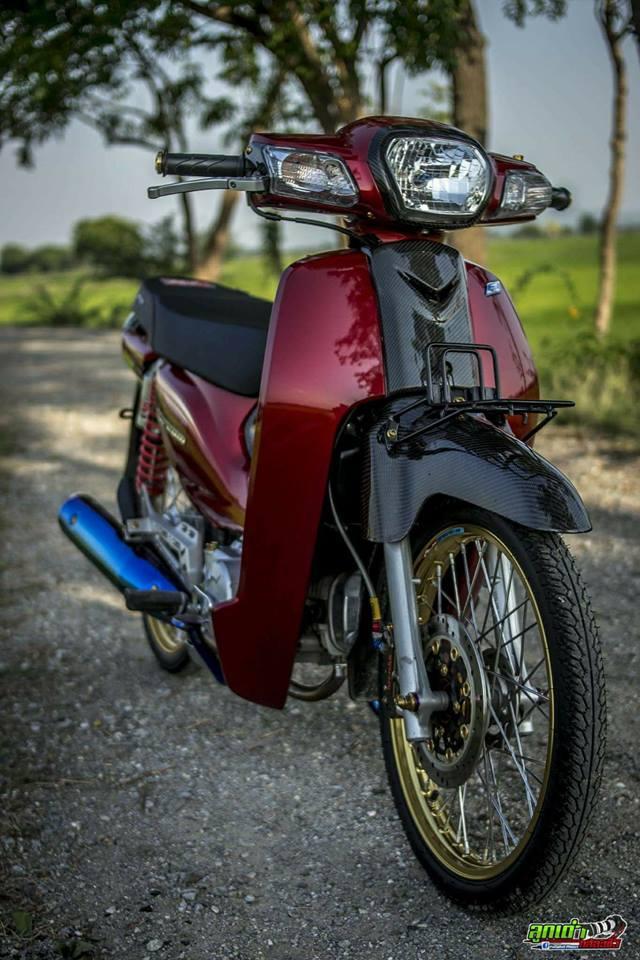 Honda Cub Fi do mang ve dep tim an den tu biker xu chua vang - 4