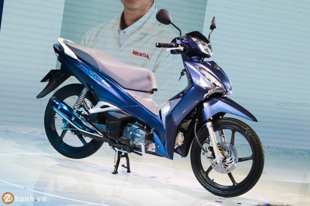 Honda Future 125 2018 the he moi thiet ke moi dong co nang cap gia tu 30190000 Dong - 3