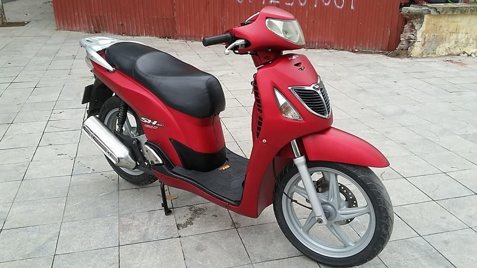 Honda SH 150i mau do san thoi trang bien ha noi - 4