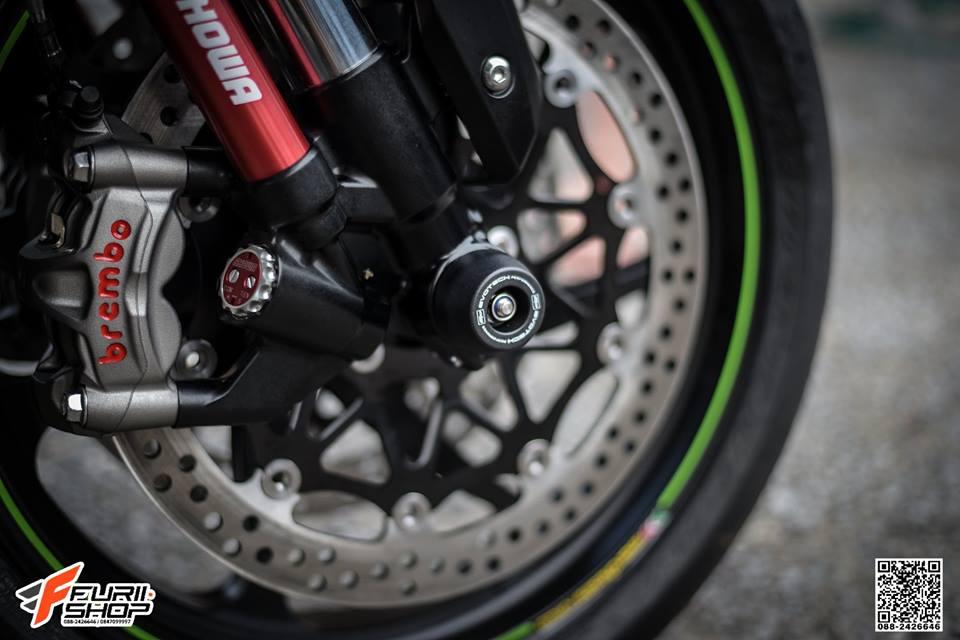 Kawasaki ZX10RR Chien than toc do nang cap hoan hao qua hinh phong full black - 9