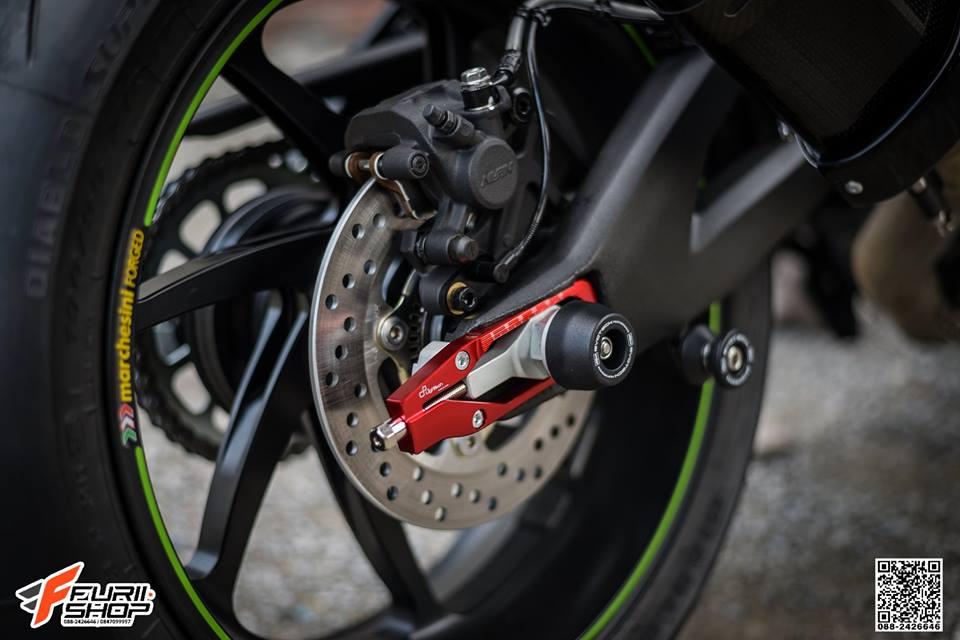 Kawasaki ZX10RR Chien than toc do nang cap hoan hao qua hinh phong full black - 15