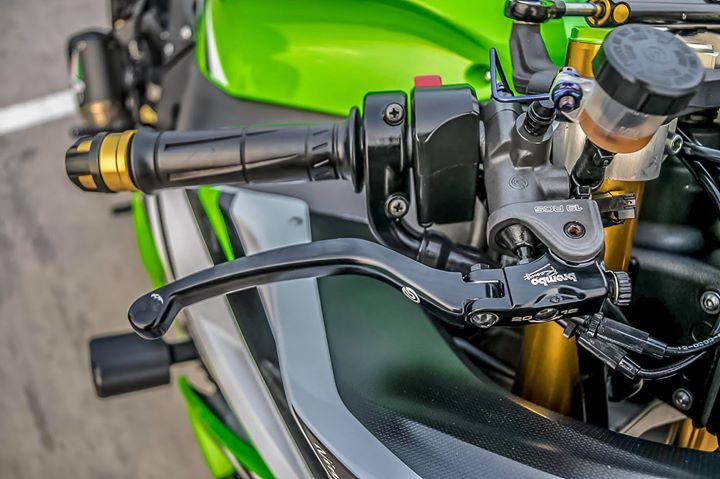 Kawasaki ZX10R sieu mo to do ca tinh ben dan chan hang hieu - 6
