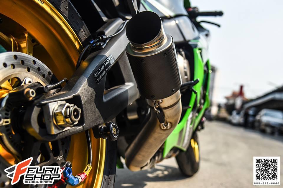 Kawasaki ZX10R tao dang cuc ngau ben dan chan Marchesini - 3