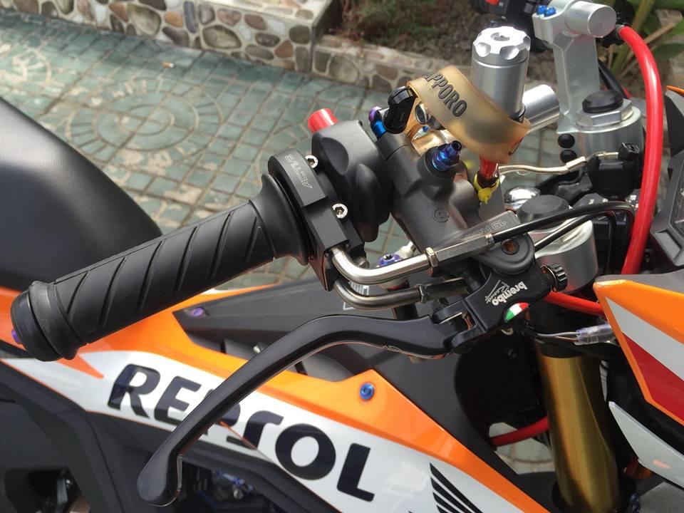Sonic 150R do voi loat do choi hang nang trong bo canh Repsol - 3