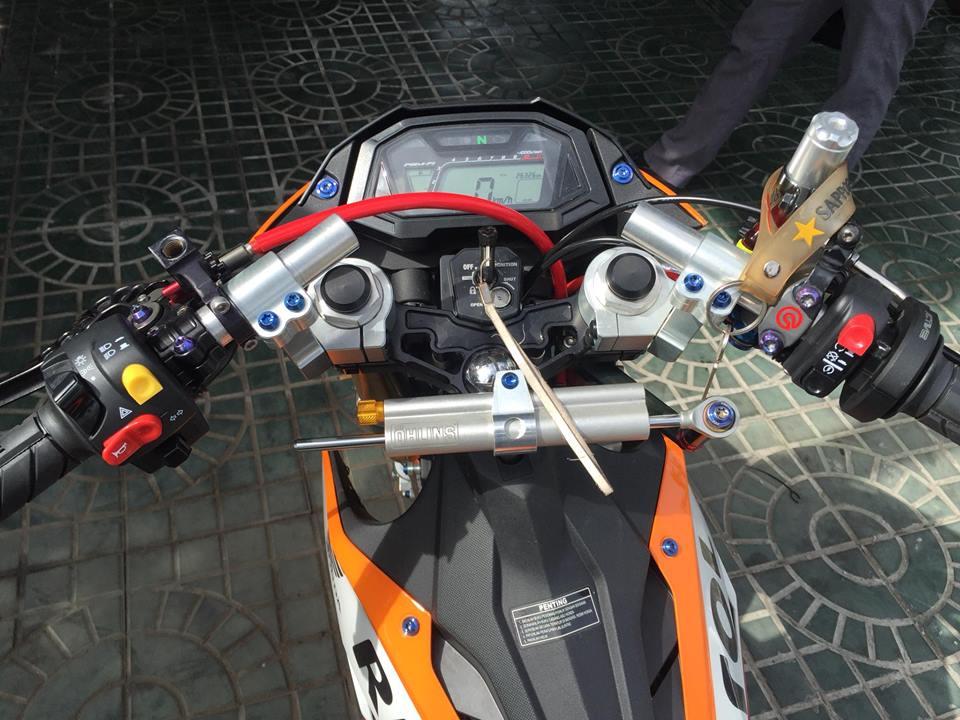 Sonic 150R do voi loat do choi hang nang trong bo canh Repsol - 5