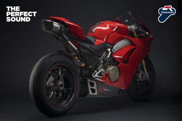 Termignoni tung ra bo ong xa 4uscite cho Ducati Panigale V4 - 2