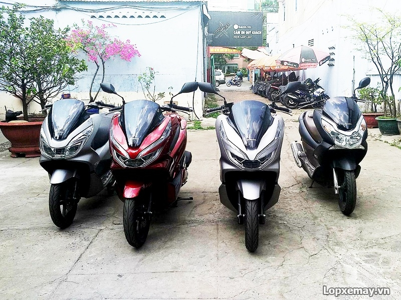 Vo xe PCX 2018 chon vo xe may Michelin hay vo xe may Dunlop - 2