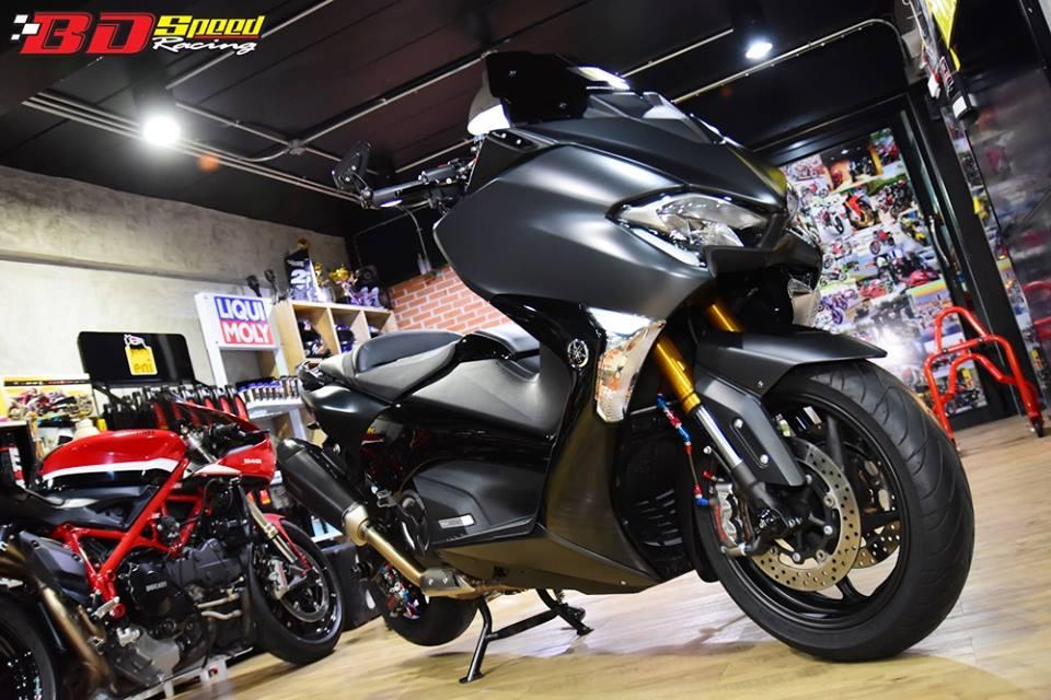 Yamaha TMAX 530 tao hinh an tuong voi trang bi full option - 8