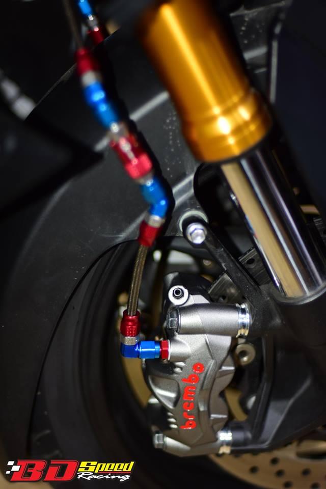 Yamaha TMAX 530 tao hinh an tuong voi trang bi full option - 10