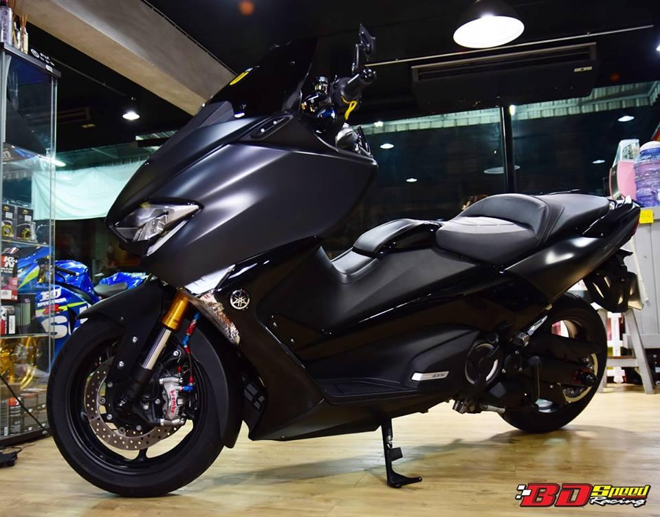 Yamaha TMAX 530 tao hinh an tuong voi trang bi full option - 18