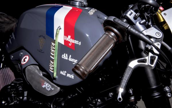 BMW R NineT ban do Cafe Racer den tu xuong do VTR Custom - 4