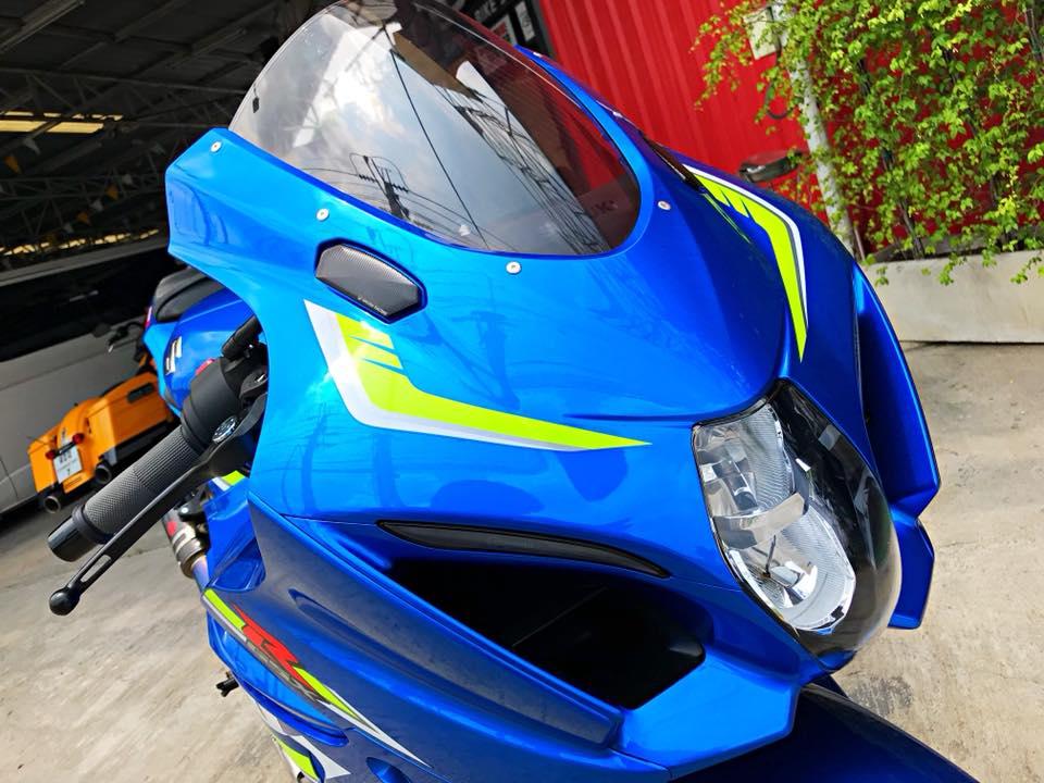 Chiem nguong dung nhan bong bay tu Superbike Suzuki GSXR1000 - 3
