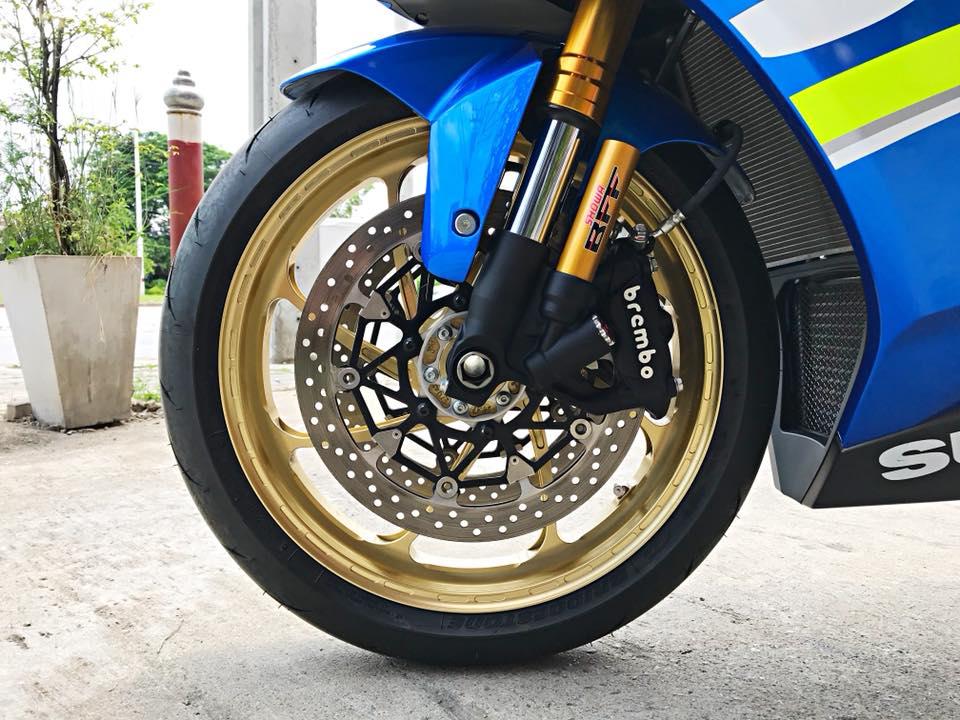 Chiem nguong dung nhan bong bay tu Superbike Suzuki GSXR1000 - 11