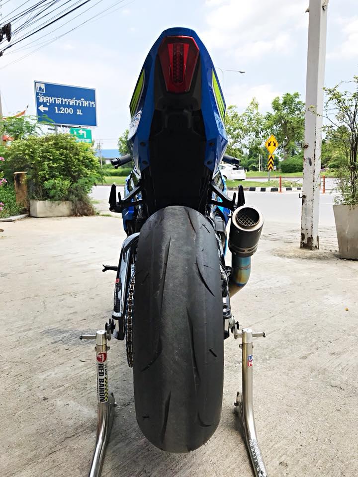 Chiem nguong dung nhan bong bay tu Superbike Suzuki GSXR1000 - 17
