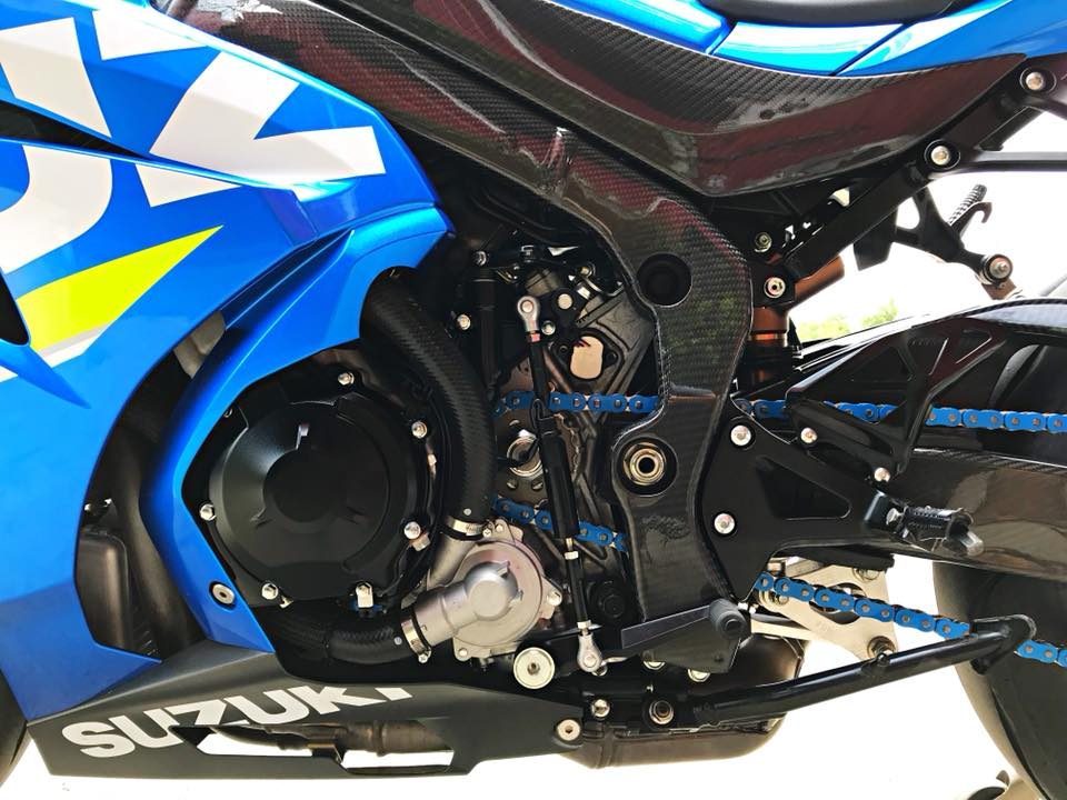 Chiem nguong dung nhan bong bay tu Superbike Suzuki GSXR1000 - 19