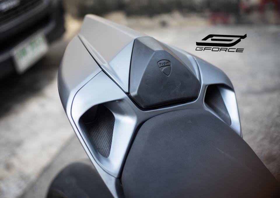 Ducati 899 Panigale la lam voi tone mau xam Lamborghini - 5