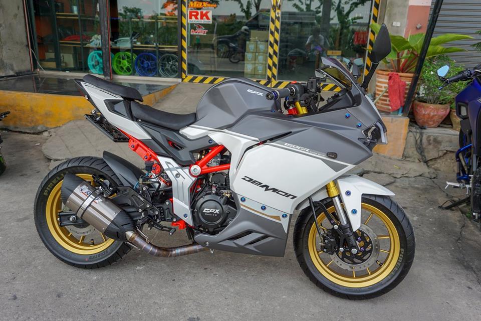 GPX Demon 150 GR do mang ve dep tinh te cua biker nuoc ban - 7