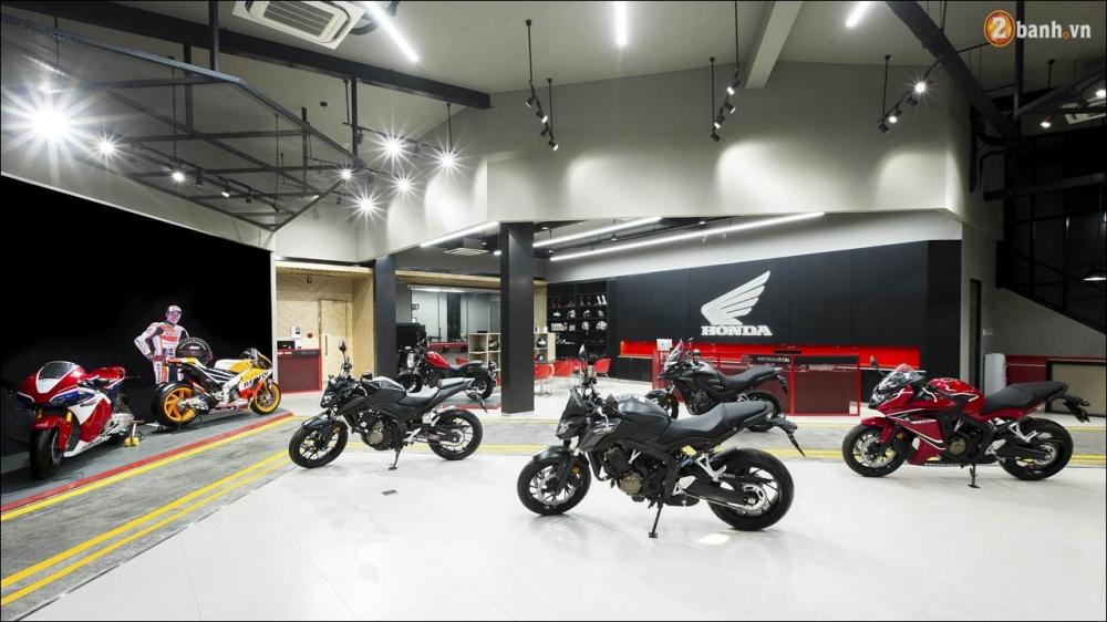 Honda CBR650F 2018 gia 2339 trieu VND ra mat tai Showroom Honda Motor Viet Nam - 2