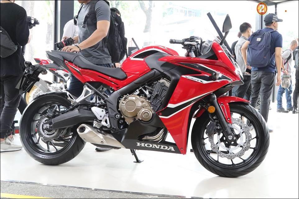 Honda CBR650F 2018 gia 2339 trieu VND ra mat tai Showroom Honda Motor Viet Nam - 4