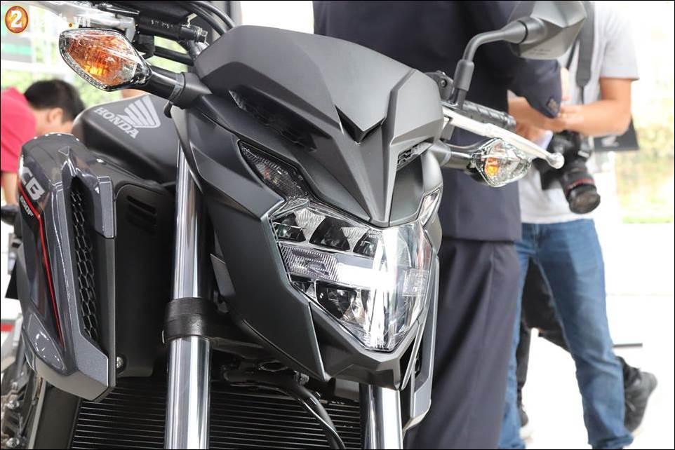 Honda CB650F 2018 co gia 2259 trieu VND ra mat tai Showroom Honda Moto Viet Nam - 4