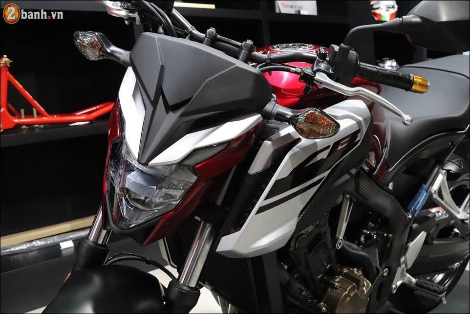 Honda CB650F 2018 co gia 2259 trieu VND ra mat tai Showroom Honda Moto Viet Nam - 6
