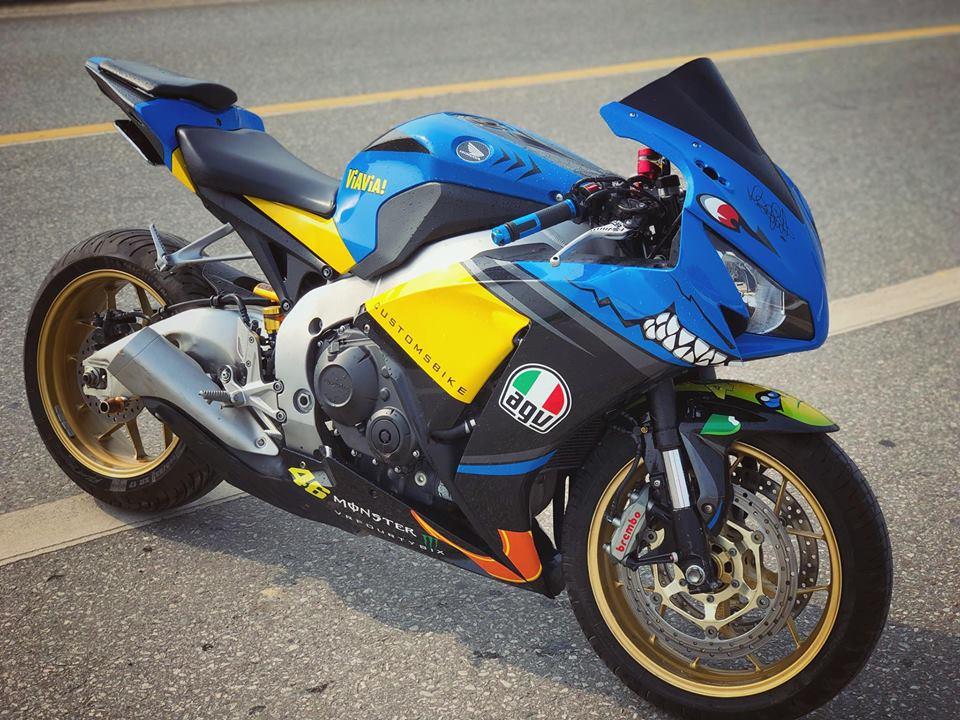 Honda CBR1000RR do khac biet cung bo canh Ca map AGV Pista Misano - 3