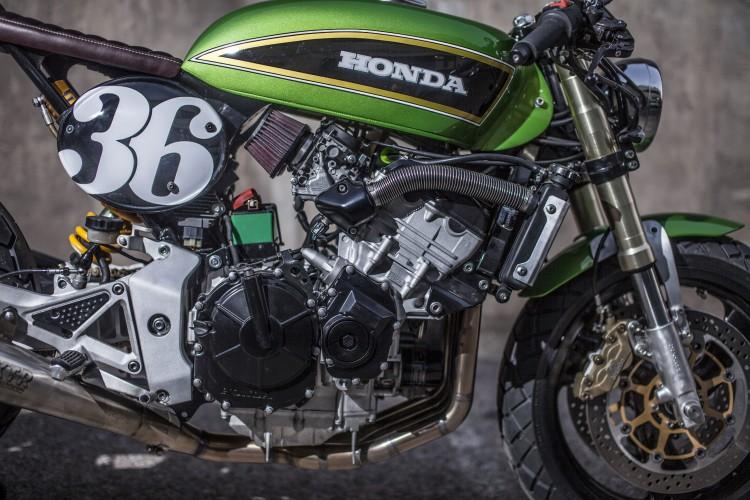 Honda Hornet CB600 day chat choi tu tay do XTR Pepo - 11