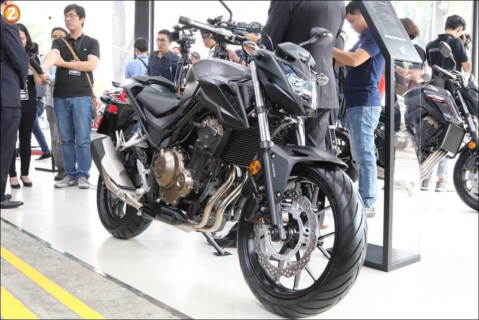 Honda Moto ban duoc 160 xe trong ngay dau tien khai truong showroom - 3