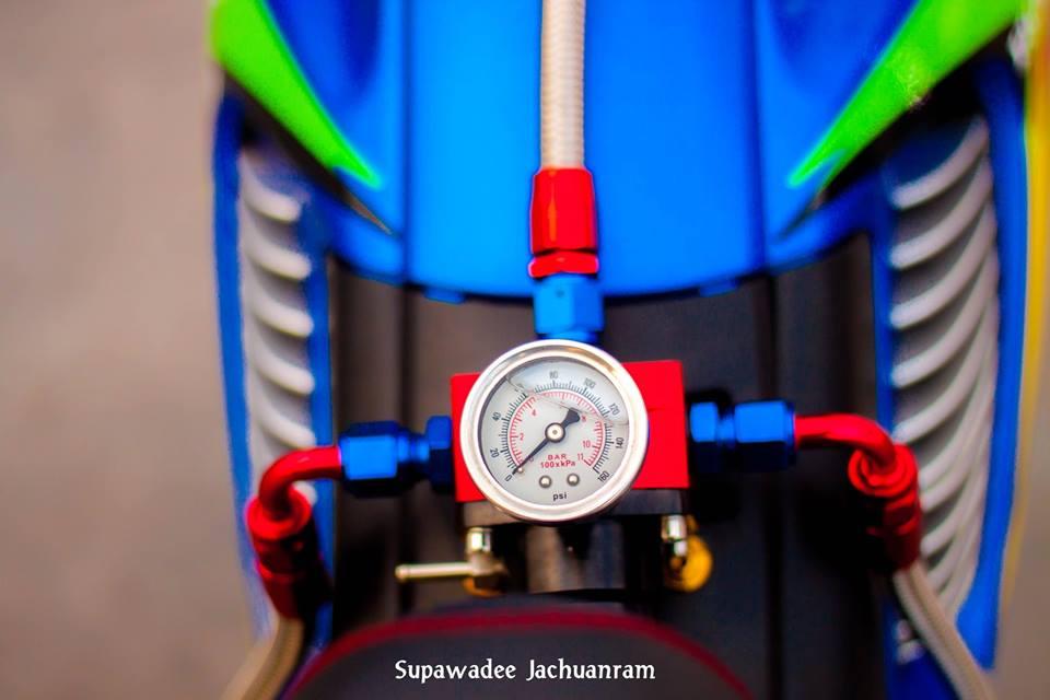 Huyen thoai Sonic 125 do mang ve dep doc dao cua biker Thai - 6