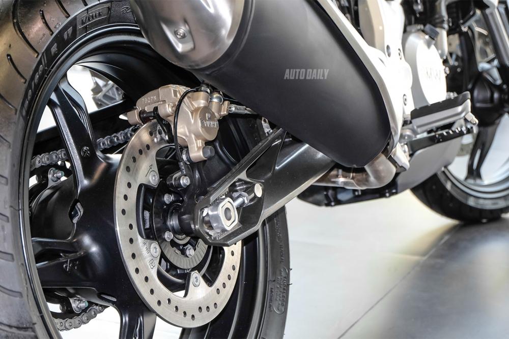 Voi 200 trieu nen chon KTM Duke 2018 hay BMW G310R 2018 - 22