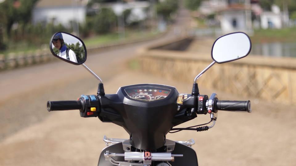 Sirius 50 do kieng hai hoa cua chang Biker Viet - 3