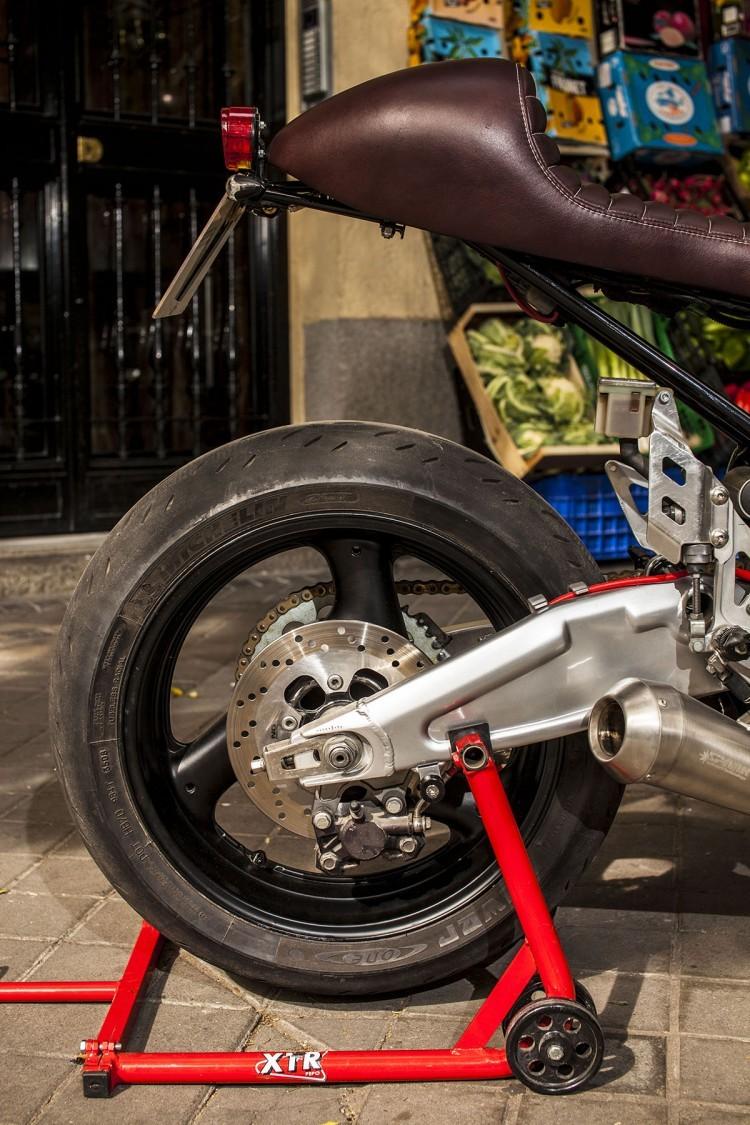 Suzuki Bandit 600S ban do Cafe Racer tu XTR - 9
