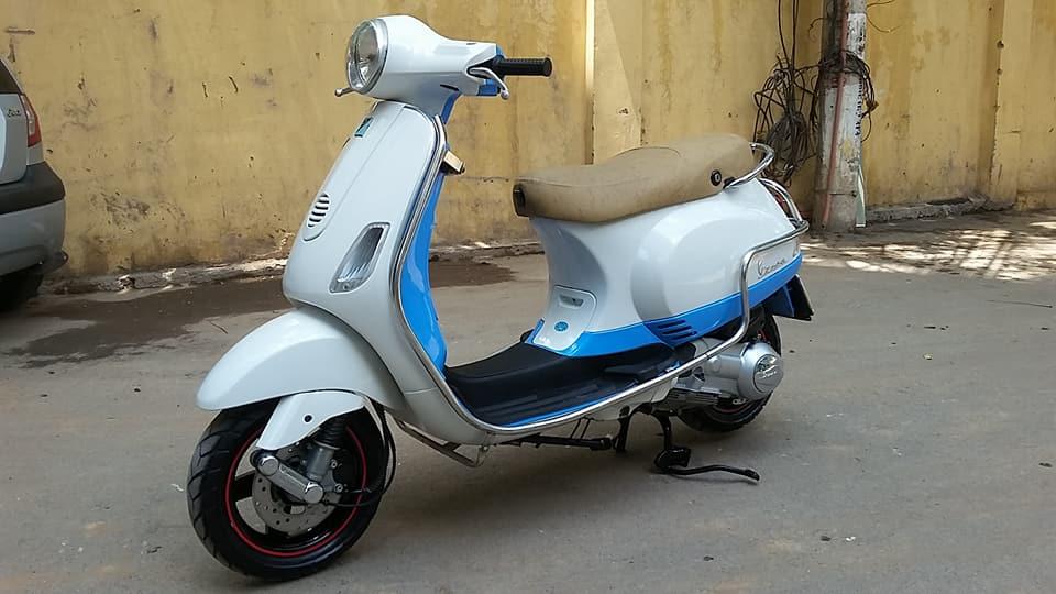 Vespa Lx 150cc nhap italia mau trang xanh bien HN - 4