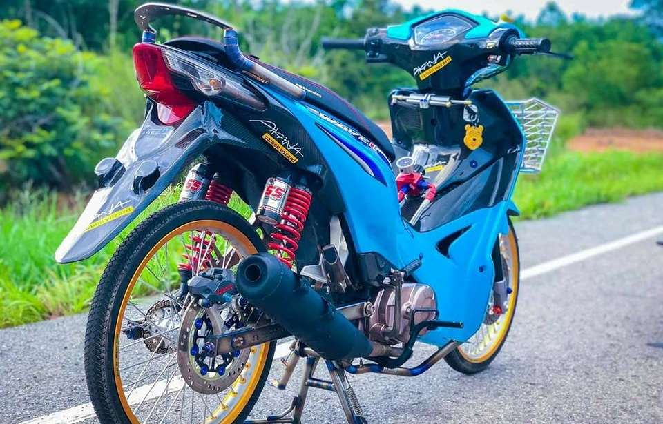 Wave 110 do tinh te voi suc hut quyen ru manh me cua biker Thai - 7