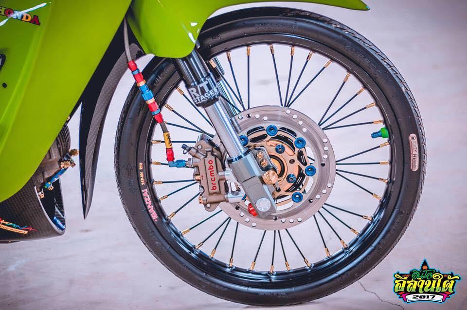 Wave 125 do kich doc voi tone mau xanh la cua biker Thailand - 5