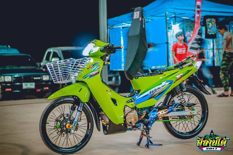 Wave 125 do kich doc voi tone mau xanh la cua biker Thailand - 7