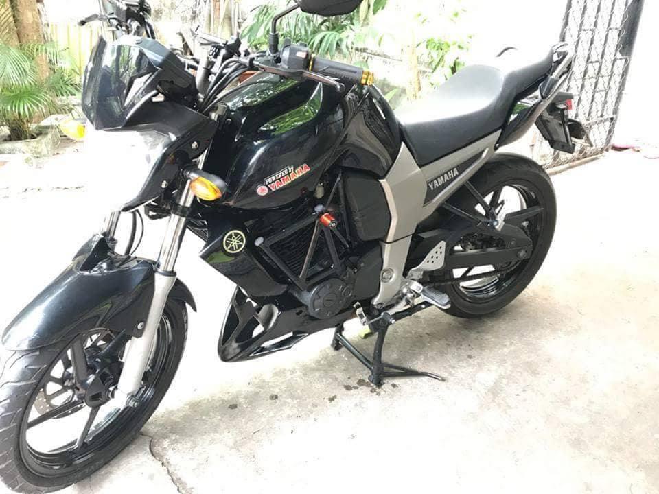 Yamaha FZ 16 - 6