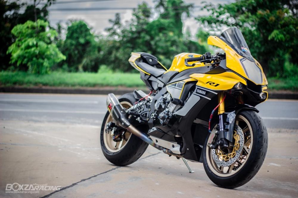 Yamaha R1 ban dac biet ky niem 60 nam dep ngat ngay tren dat Thai - 3