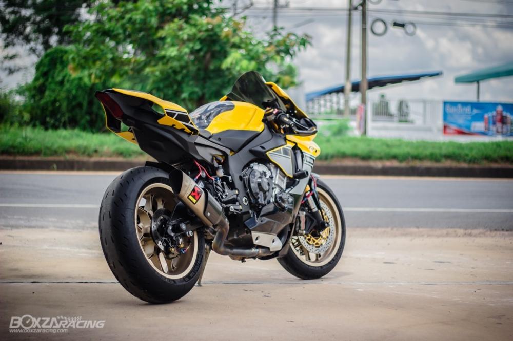 Yamaha R1 ban dac biet ky niem 60 nam dep ngat ngay tren dat Thai - 19