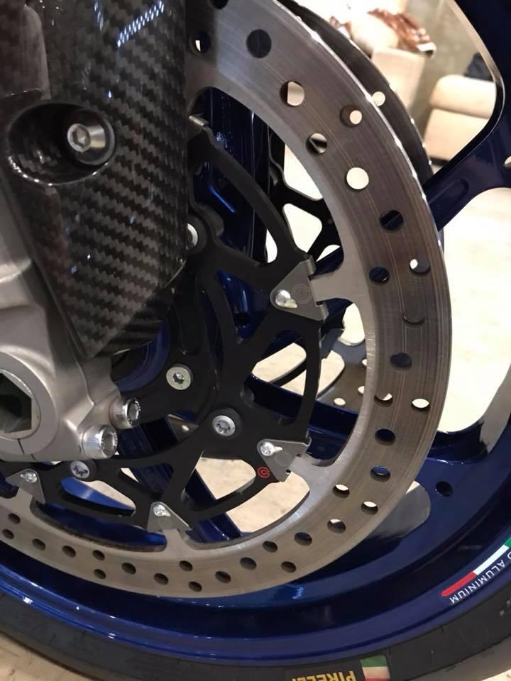 Yamaha R1M ban do hao nhoang tu BB Superbike - 5