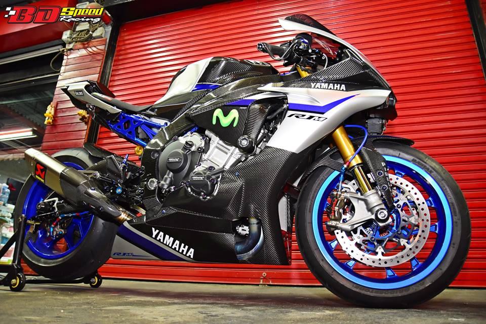 Yamaha R1M day suc hap dan voi body Carbon fiber - 9