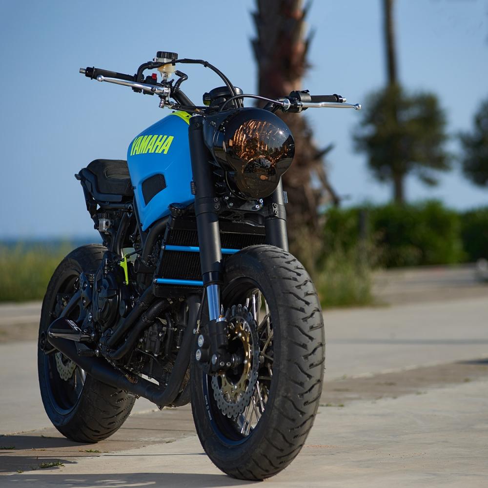 Yamaha XSR700 ban do Tracker day khac biet - 3