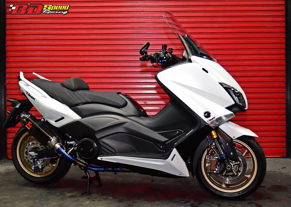 Yamaha TMax530 do cang det voi phu kien khung - 8