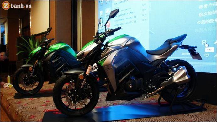Zongshen Sinski XSJ250E ban sao Kawasaki Z1000 cap ben Viet Nam - 2