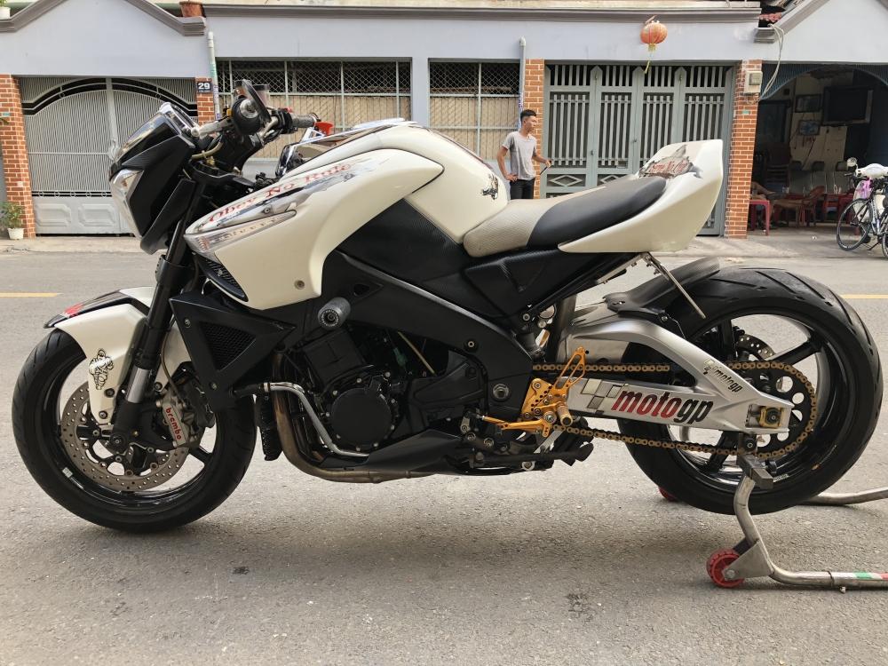 __Ban Suzuki Bking 1300cc date 2010 xe kho nhat ve co giay di duong xe dep may em nhieu do choi