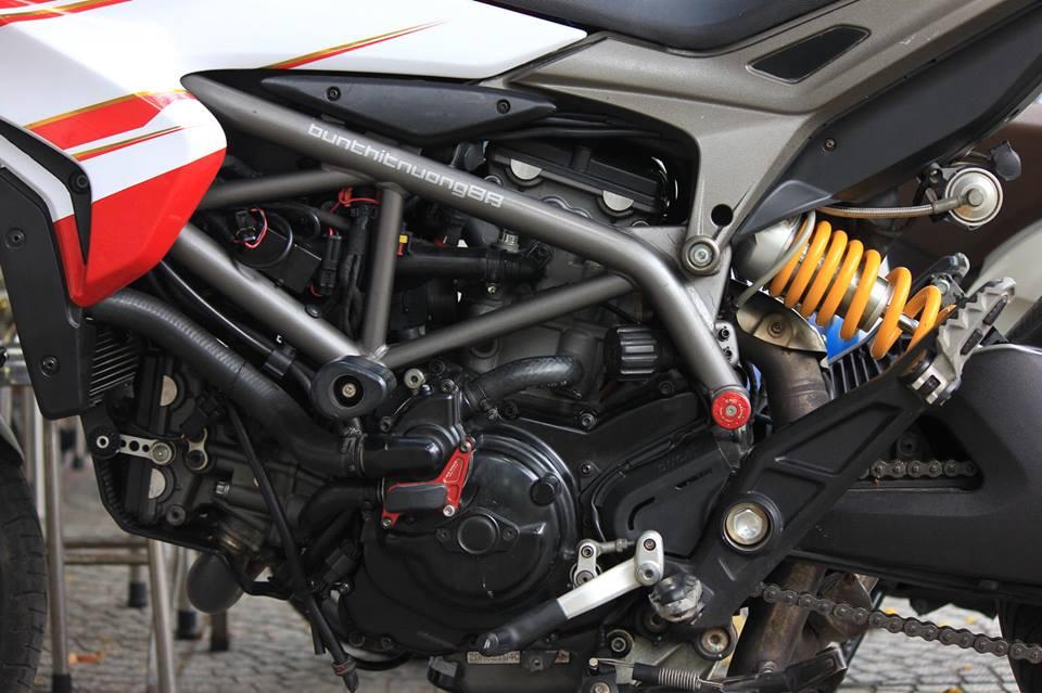 BAN Ducati Hyperstrada 821 SGQ1 - 19