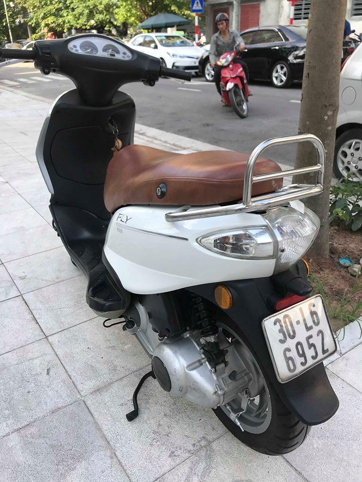 Ban Fly125 Trang 2010 bs 30H rat zin va moi 8 trieu xe nguyen ban - 4