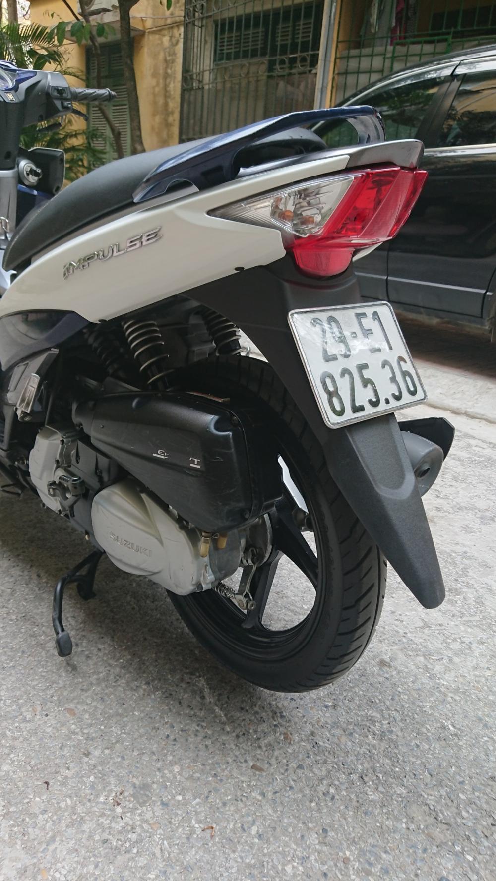 ban xe Suzuki Impulse xanh trang 2015 it dung chinh chu bien HN - 2